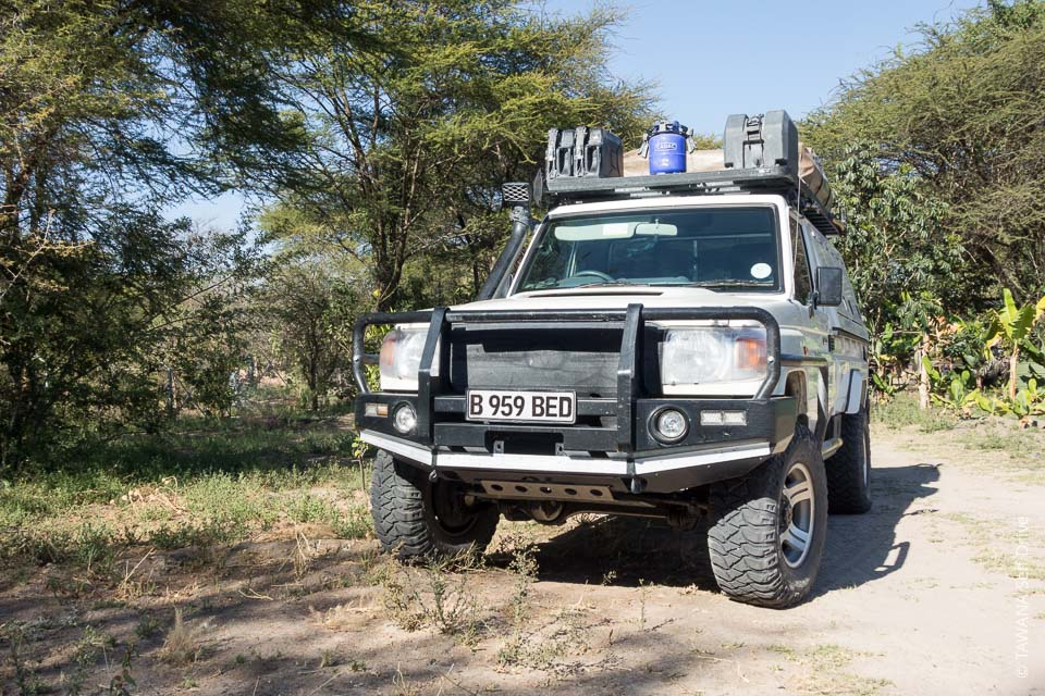 Toyota Land Cruiser: the best camping equipped 4x4 for Botswana !