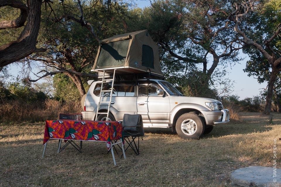Rent a budget 4x4 in Botswana: Land Cruiser Prado